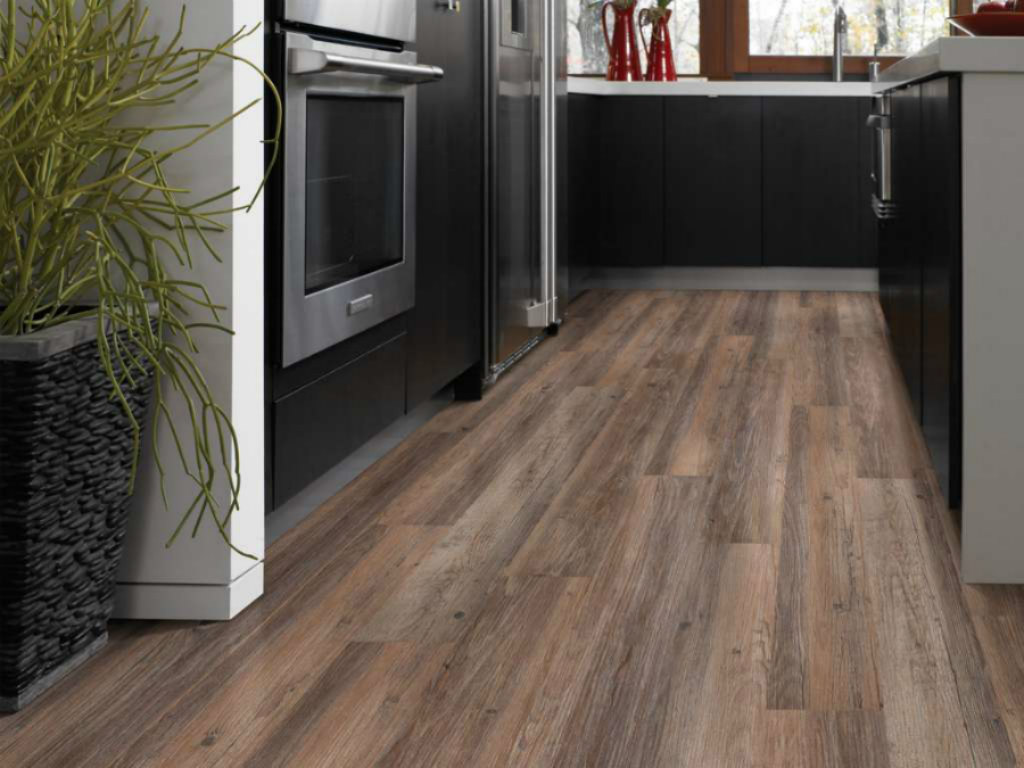 LVT Flooring Installers